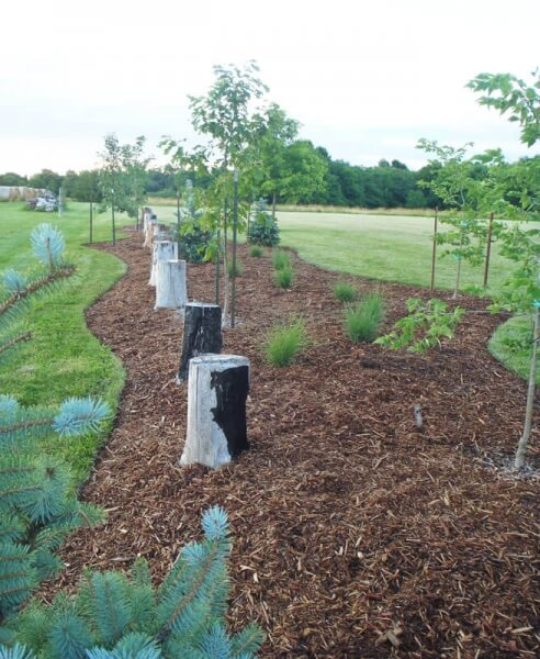 Low Maintenance Landscaping Ideas For A Stress Free 2018: Centerville Greenhouses & Landscaping
